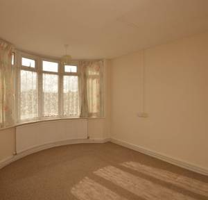 2 Bedroom Bungalow for sale in Melvin Close, Salisbury