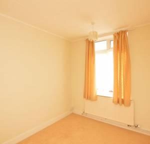 2 Bedroom Bungalow for sale in Melvin Close, Salisbury