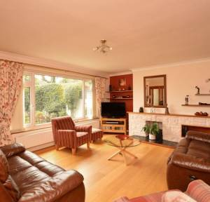 3 Bedroom House for sale in Victoria Road, Salisbury