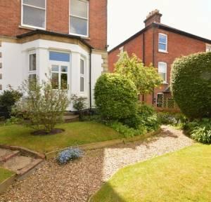 1 Bedroom Apartment / Studio for sale in 41 Wyndham Road, Salisbury