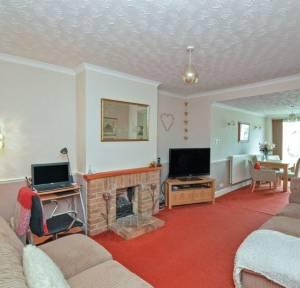 3 Bedroom Bungalow for sale in Queen Mary Road, Salisbury