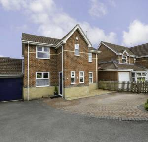 3 Bedroom House for sale in St. Josephs Close, Salisbury