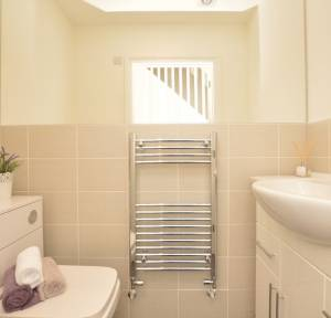 3 Bedroom House for sale in Hunter Close, Salisbury