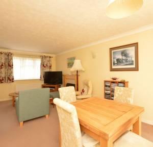4 Bedroom Bungalow for sale in Lime Kiln Way, Salisbury
