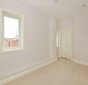 2 Bedroom Flat for sale in Castle Street, Salisbury