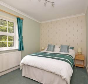 4 Bedroom House for sale in College Street, Salisbury