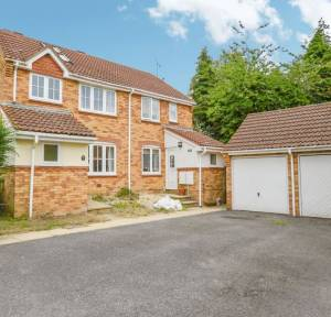 4 Bedroom House for sale in The Sandringhams, Salisbury