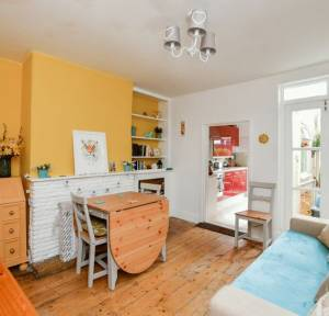 2 Bedroom House for sale in Fowlers Road, Salisbury