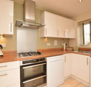 2 Bedroom House for sale in Saunders Avenue, Salisbury
