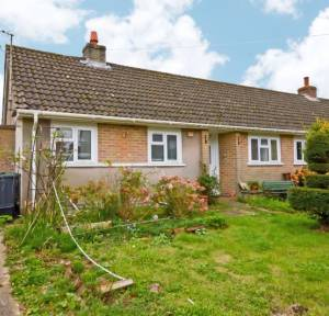 2 Bedroom Bungalow for sale in The Flood, Salisbury
