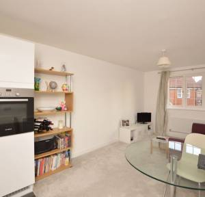 1 Bedroom Flat for sale in Goldthorp Avenue, Salisbury