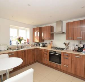 4 Bedroom House for sale in Nicholson Vale, Salisbury