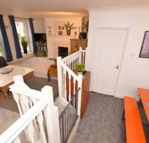3 Bedroom Flat for sale in Chipper Lane, Salisbury