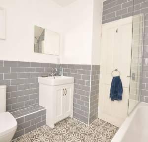 3 Bedroom House for sale in Pennyfarthing Street, Salisbury
