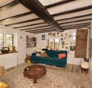 2 Bedroom House for sale in 23 Lode Hill, Salisbury