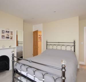 4 Bedroom House for sale in Rampart Road, Salisbury