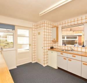3 Bedroom Bungalow for sale in Balmoral Road, Salisbury