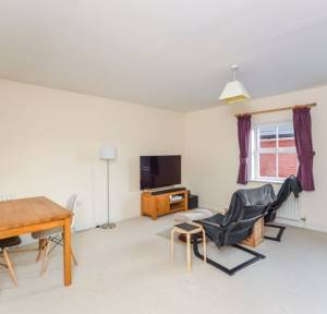 1 Bedroom Flat for sale in Spire View, Salisbury