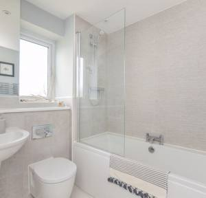 1 Bedroom Flat for sale in Rhodes Moorhouse Way, Salisbury