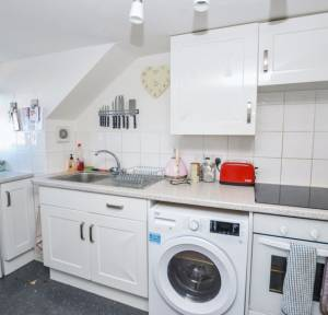 1 Bedroom Apartment / Studio for sale in Middleton Road, Salisbury
