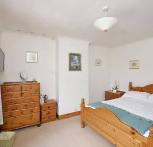 3 Bedroom House for sale in Church Road, Idmiston