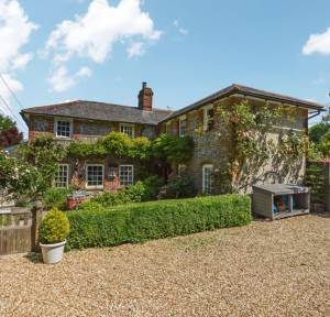 3 Bedroom House for sale in Bridge Road, Bishopstone