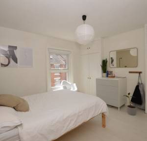 2 Bedroom House for sale in Orchard Road, Salisbury
