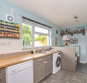 2 Bedroom House for sale in Waters Road, Salisbury
