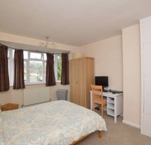 3 Bedroom House for sale in Netherhampton Road, Salisbury
