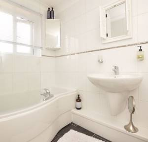 3 Bedroom House for sale in The Borough, Downton