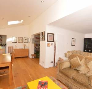3 Bedroom House for sale in Highfield Crescent, Winterslow