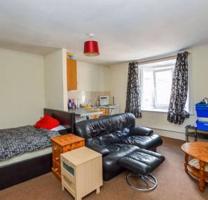1 Bedroom Flat for sale in High Street, Salisbury