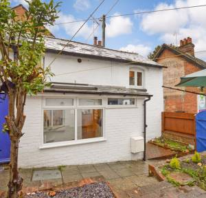 2 Bedroom House for sale in Lode Hill, Salisbury