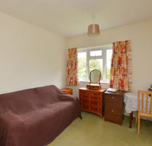 3 Bedroom Flat for sale in St. Marks Avenue, Salisbury
