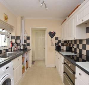 3 Bedroom House for sale in George Street, Salisbury