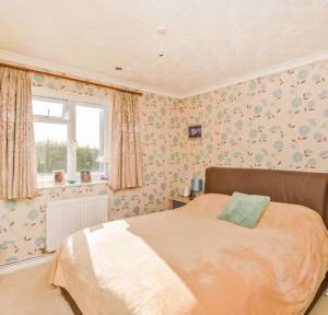 4 Bedroom Bungalow for sale in East Gomeldon Road, Salisbury