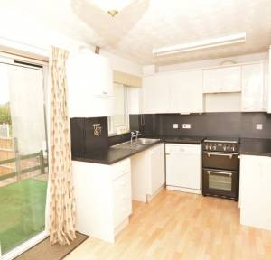 2 Bedroom House to rent in Senior Drive, Salisbury