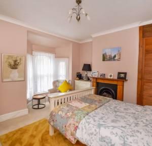 3 Bedroom House for sale in Hartington Road, Salisbury