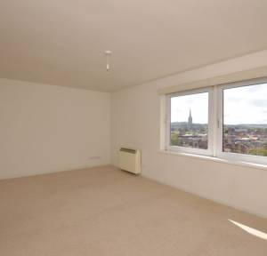 2 Bedroom Flat for sale in Elm Grove Road, Salisbury