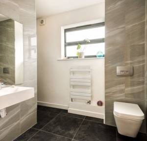 4 Bedroom House for sale in White Way, Pitton