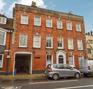 1 Bedroom Flat to rent in Brown Street, Salisbury