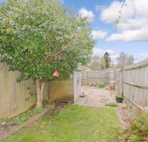 2 Bedroom House for sale in Green Lane, Downton