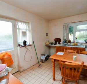 3 Bedroom House for sale in Salisbury Road, Downton