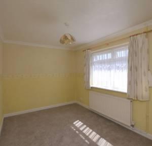 3 Bedroom Bungalow for sale in Catherine Crescent, Salisbury