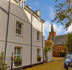 4 Bedroom House for sale in 62 Mill Road, Salisbury