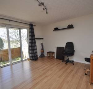 1 Bedroom Apartment / Studio for sale in Rougemont Close, Salisbury