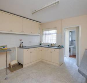 2 Bedroom House for sale in Ashfield Road, Salisbury