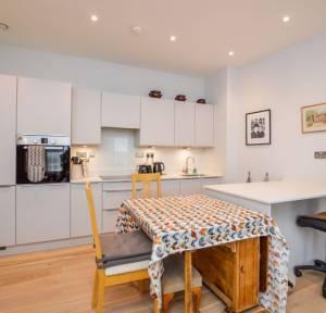 2 Bedroom Apartment / Studio for sale in Flat 2 New Street, Salisbury
