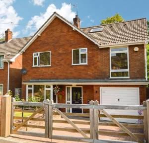 5 Bedroom House for sale in Highlands Road, Salisbury