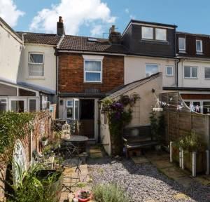 2 Bedroom House for sale in Devizes Road, Salisbury